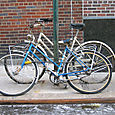 Bicicletas duas mulheres
