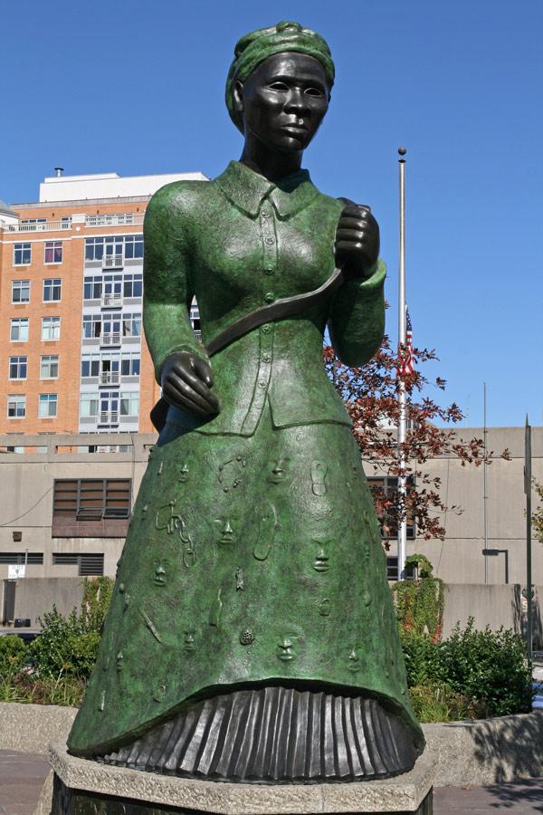 Image Gallery harriet tubman statue