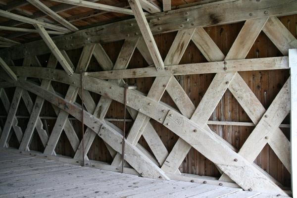 Bridge_holl_int