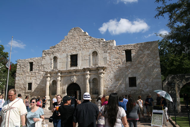 Alamo_day
