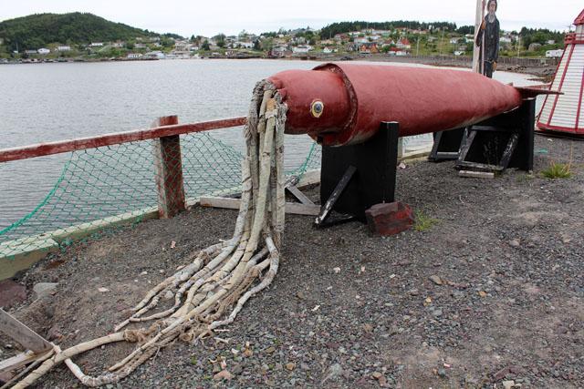 Giant Squid, Dildo