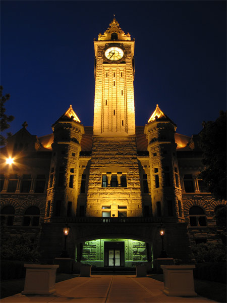 Bg_courthouse_nite