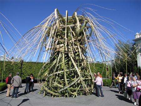 Bamboo_sculpture