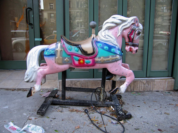 Pink_horse