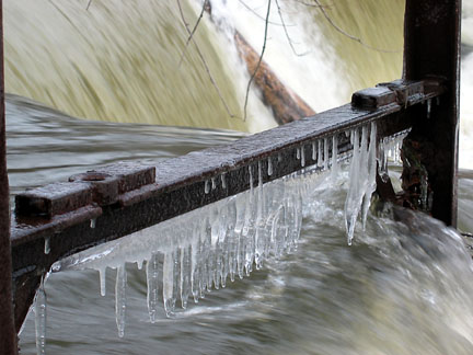 Fishkill icicles