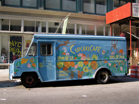 Cupcake cafe truck