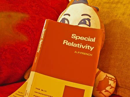 Mr. Met reading physics