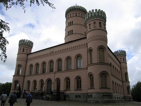 Jagdschloss_exterior