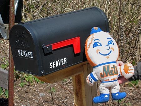 Mr_met_seaver