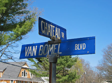 Van Bomel Blvd. and Chateau Dr.