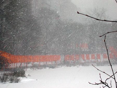 Snowy_gates_02