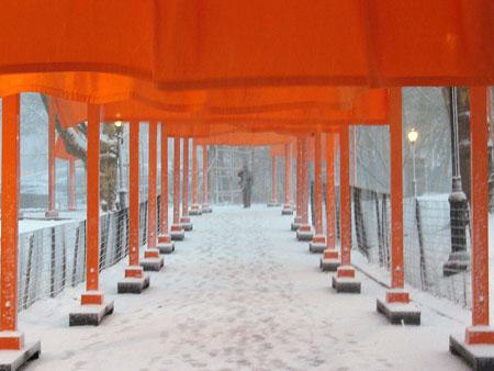 Snowy_gates_04