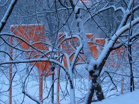 Snowy_gates_06